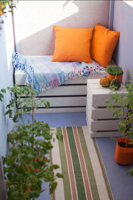 pale-mini-sofa